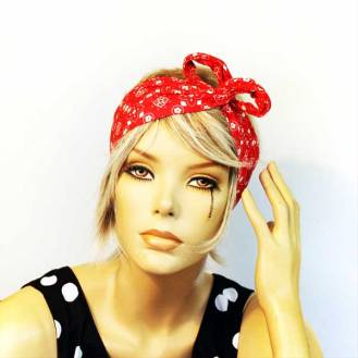The Dolly Bow - wrap your 'do rag around, twist to secure in the front then gently shape the wired ends into a super cute bow.